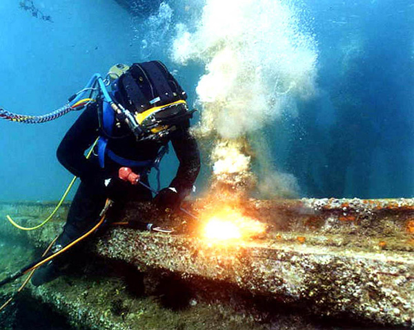 Commercial-Diving